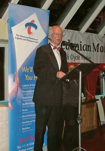 Ken Thomson welcoming members and guests to the Scottish Region's 2006 Annual dinner.